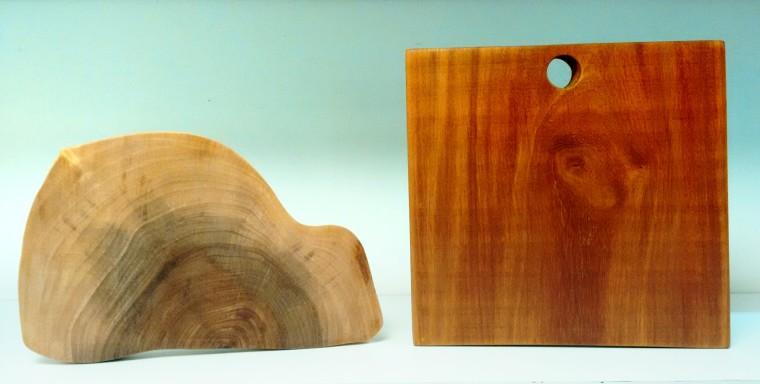 Formatos certinhos ou respeitando o tronco da árvore talhada - R$ 180 e R$ 140