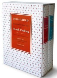 Mastering the Art of French Cooking, Volume 1 e 2, The Essential Cooking Classics, em inglês, capa dura, na Amazon brasileira, R$ 390,83, aqui