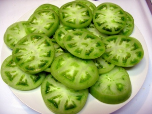 Tomates verdes fatiados