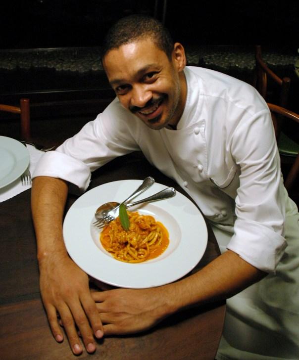 Chef Jeff Morais com o Pici Aglione