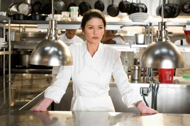 Catherine Zeta-Jones no papel de Martha