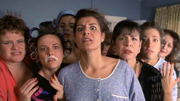 A personagem Toula em momento engraçado do filme